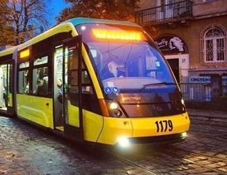 Трамвай № 8